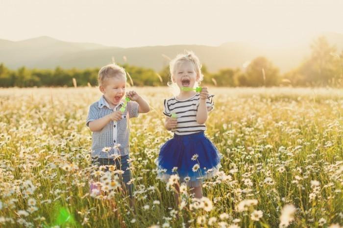 Отдавать ребенка в садик весной или осенью