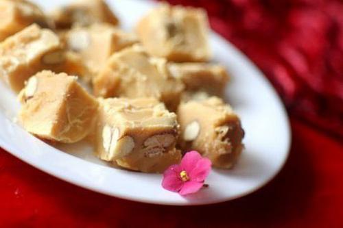 Домашняя карамель с орехами