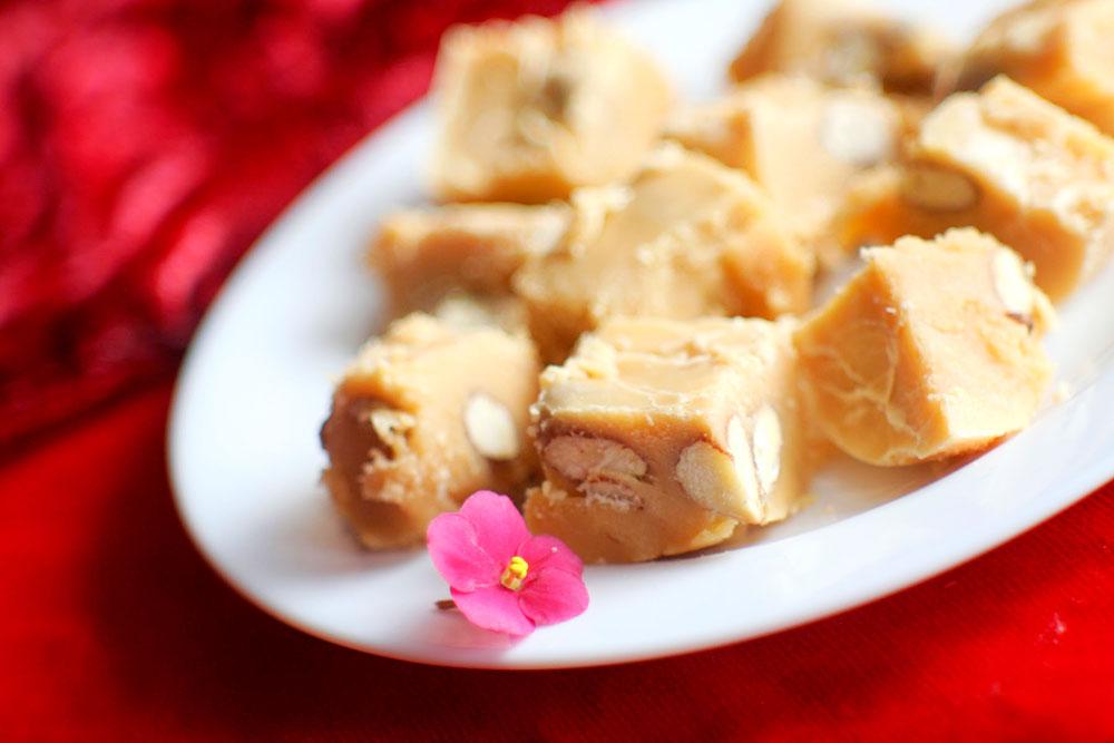 Карамель з горіхами рецепт